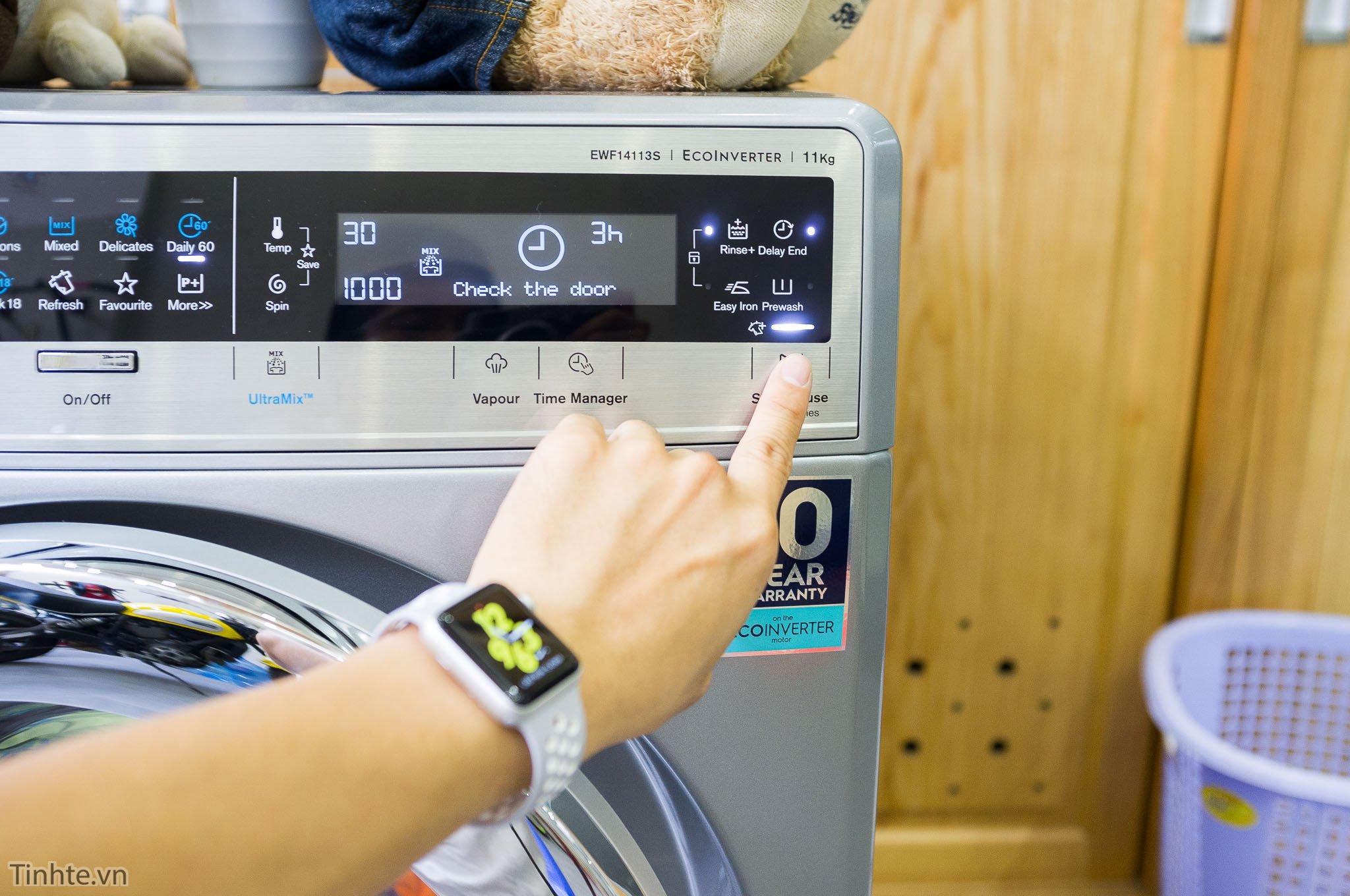 Sai lầm thường gặp khi giặt quần áo bằng máy giặt